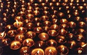 Tibetan butter lamps, courtesy: http://perso.club-internet.fr/pchanez/index_eng.html